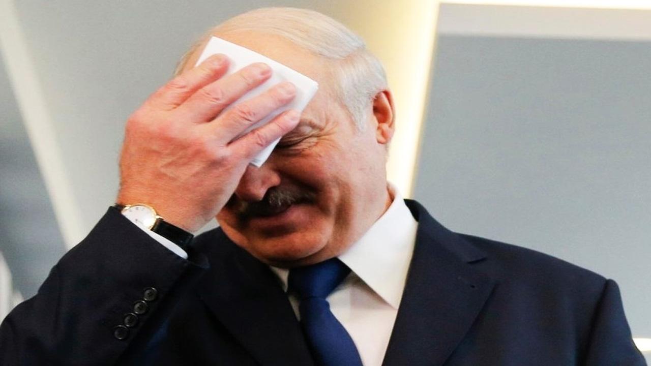 Более 600 госслужащих подписали открытое письмо с требованием отставки Лукашенко