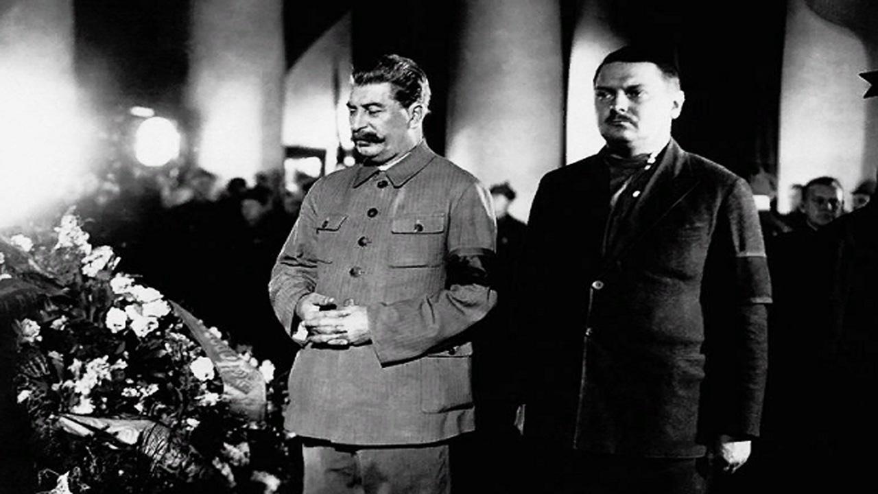 Карбалевич: Лукашенко использует «заговор», как Сталин использовал убийство Кирова