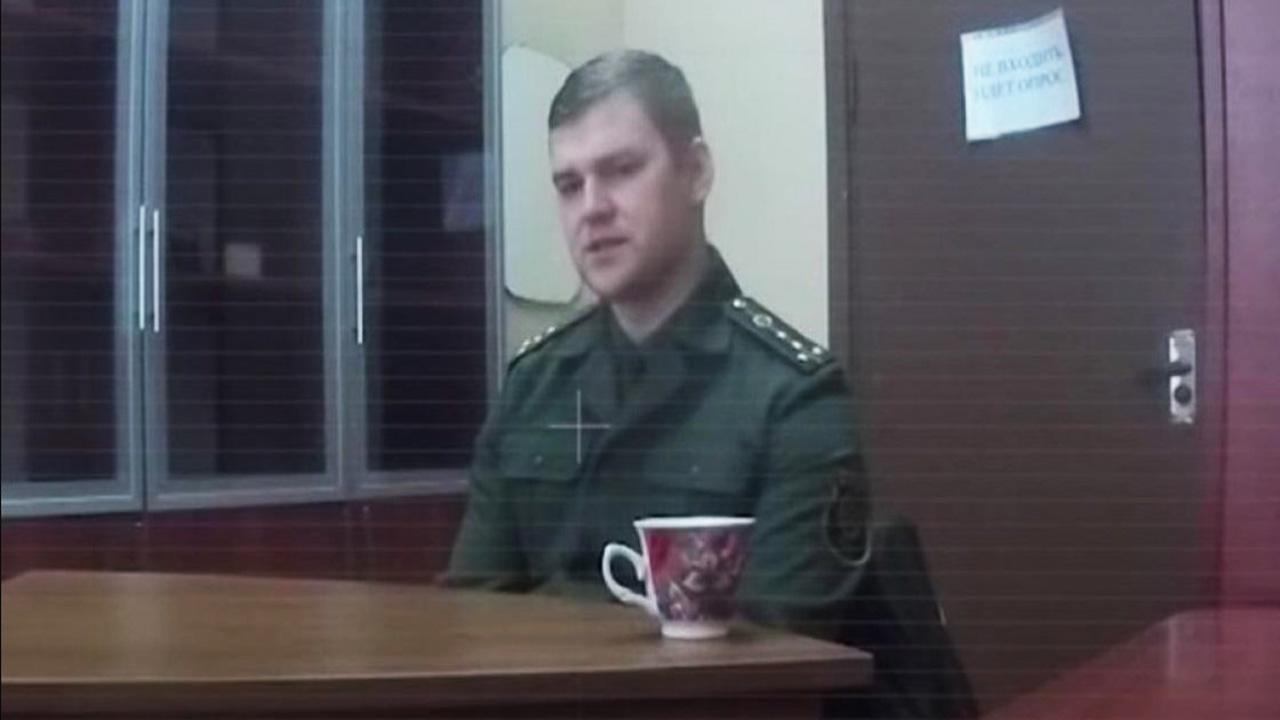 Обвиняемый в государственной измене капитан Денис Урад признан политзаключённым