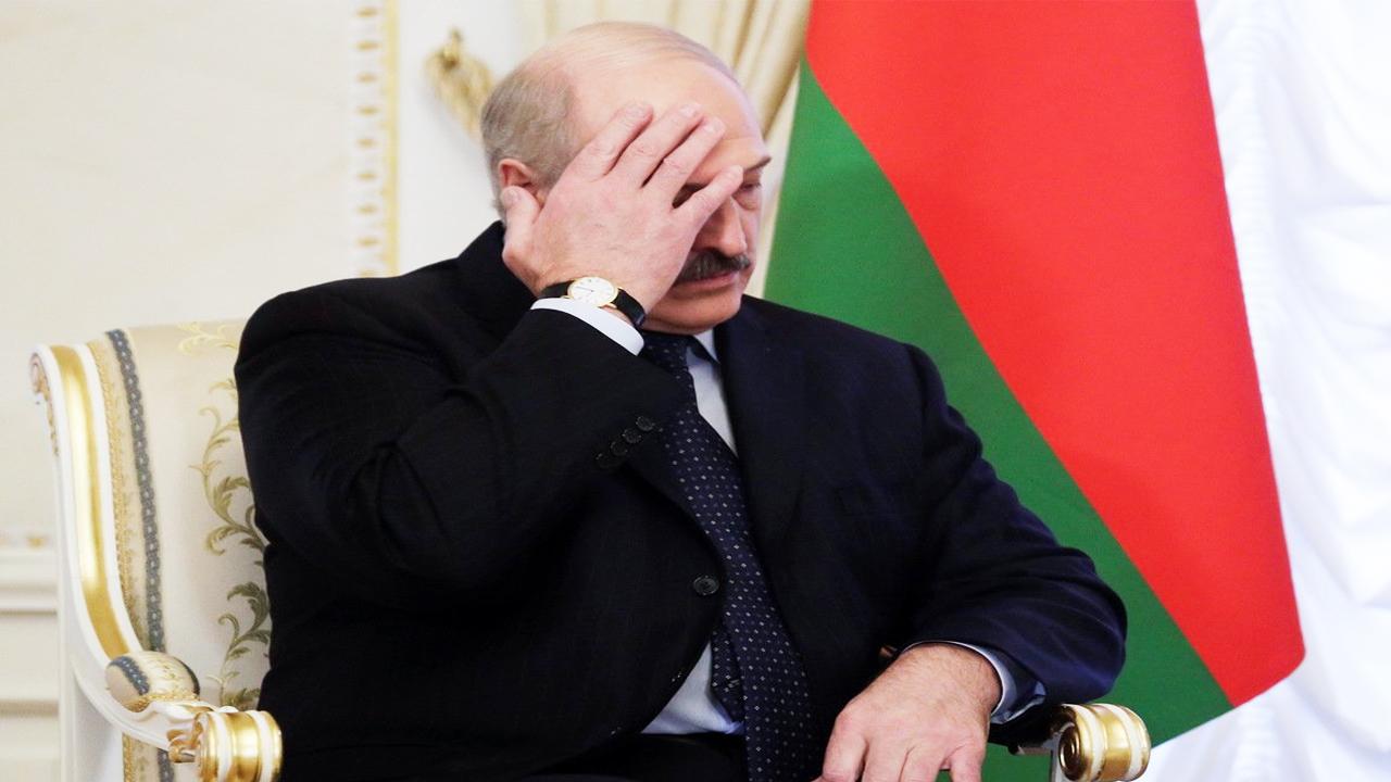 «Лукашенко упирается всеми конечностями, но у Путина уже есть ему замена»
