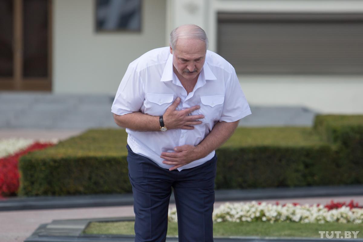 Лукашенко становится обузой для своего окружения