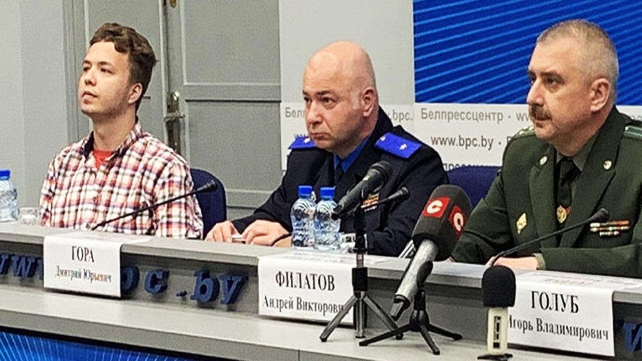 МИД Беларуси проводит пресс-конференцию по ситуации с Ryanair — среди участников Роман Протасевич (трансляция)