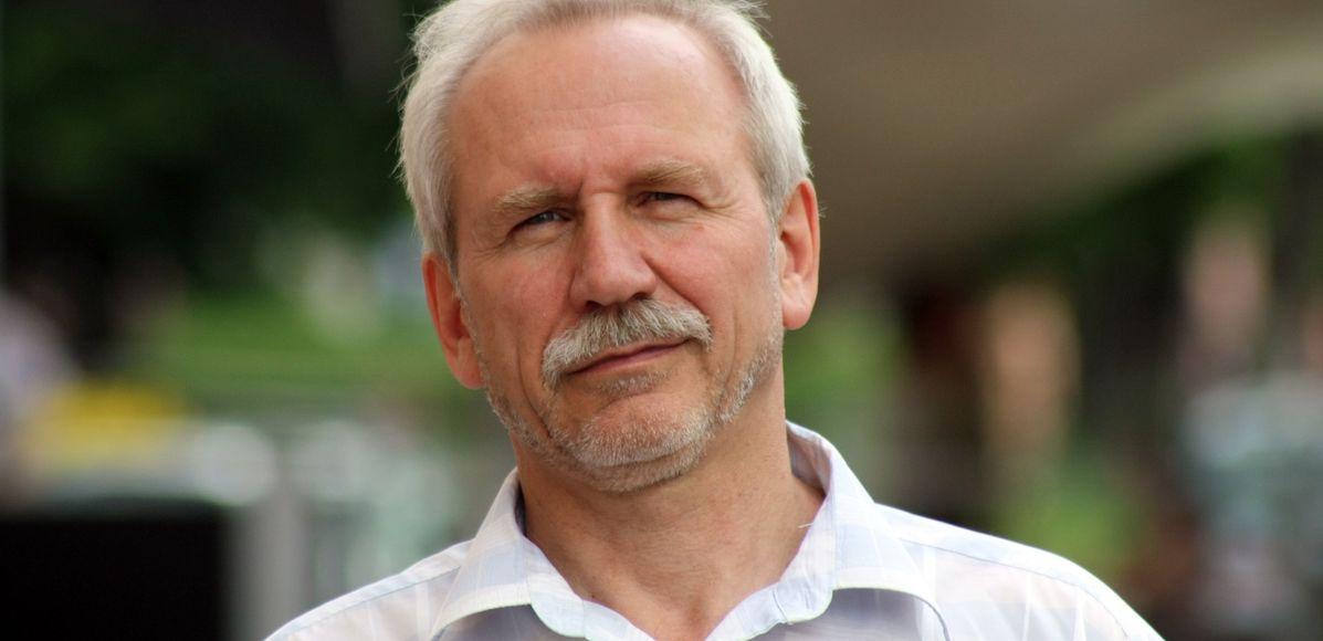 Карбалевич: «Белорусские власти последовательно сжигают все мосты в отношениях с Западом»
