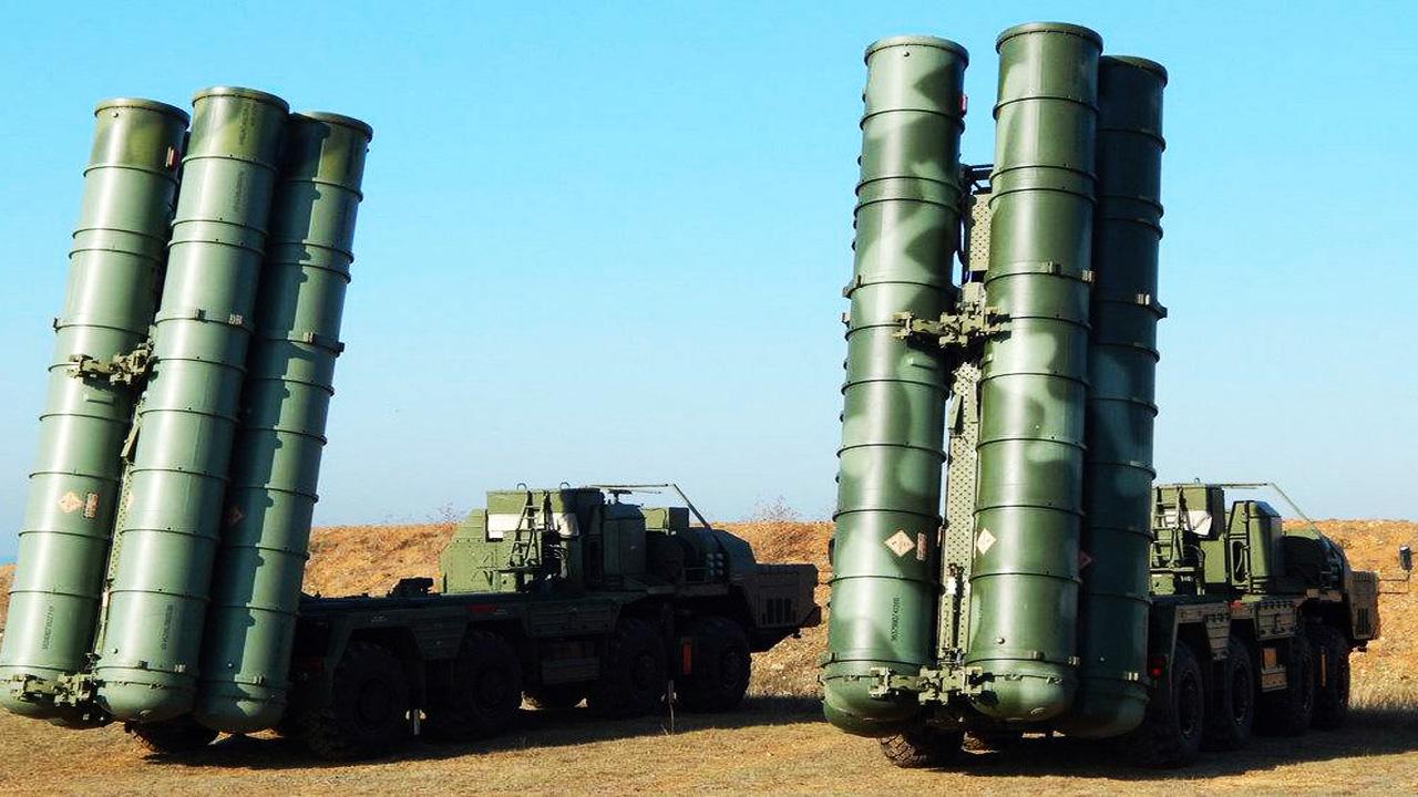 C-400 против «Байрактаров»: какое оружие Россия и Украина и могут противопоставить друг другу