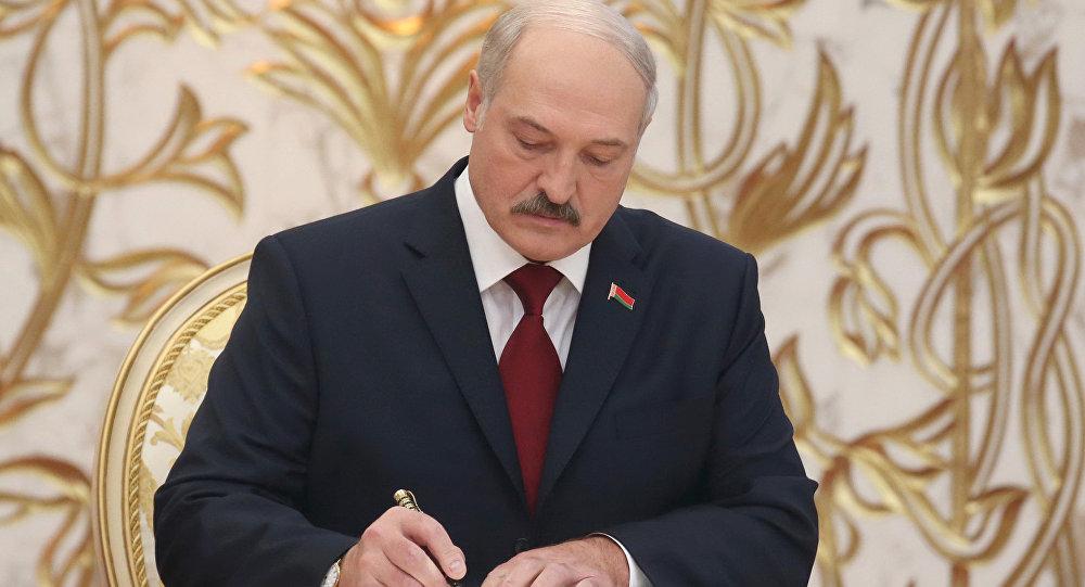 Лукашенко подписал новый закон, армия будет бороться с «массовыми беспорядками»
